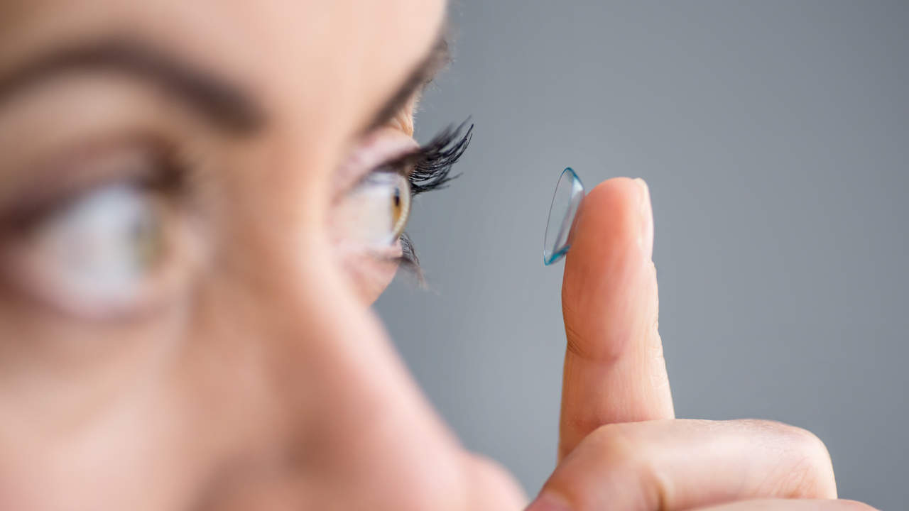07-contact-lens-red-eye-why