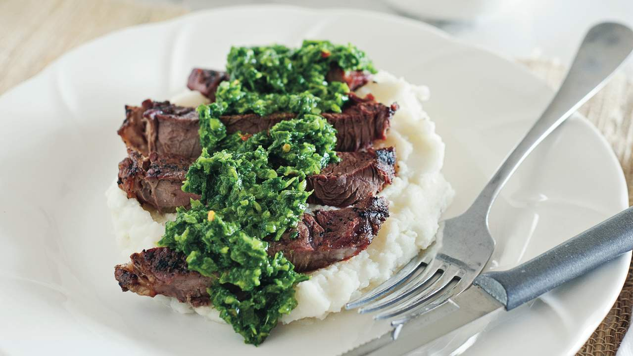 Low-FODMAP steak and mashed potato recipe