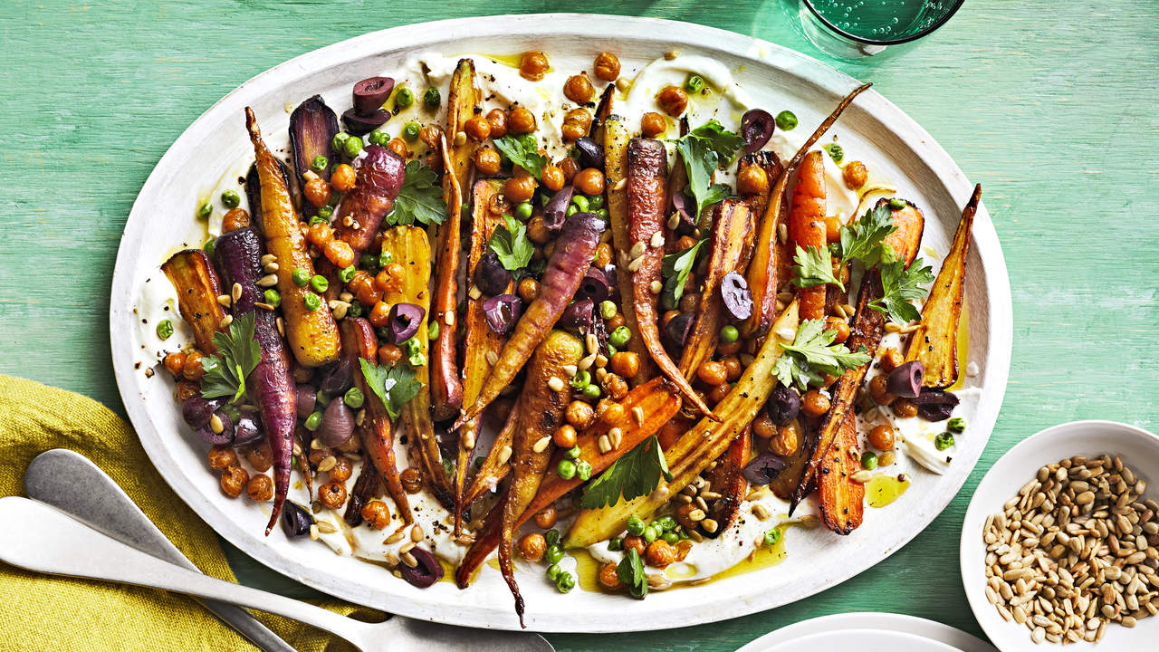How To Make Roasted Carrot and Chickpea Salad