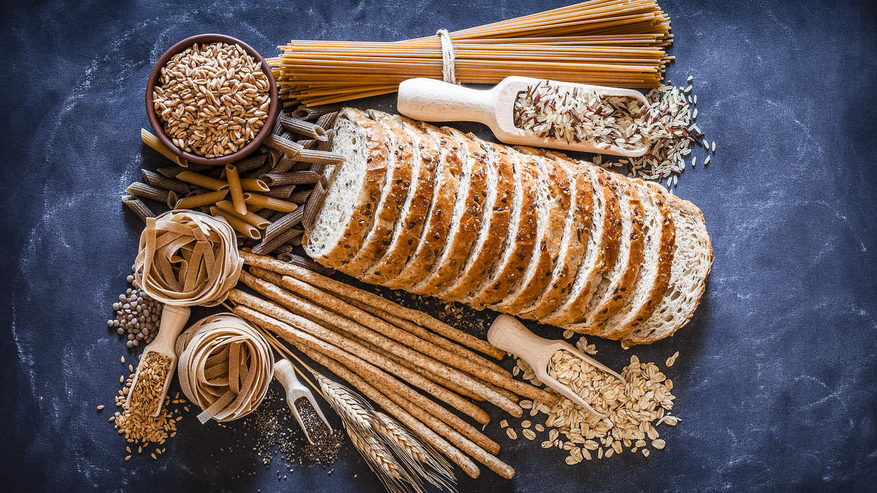 whole-grains carbs carbohydrates fiber diet woman health food