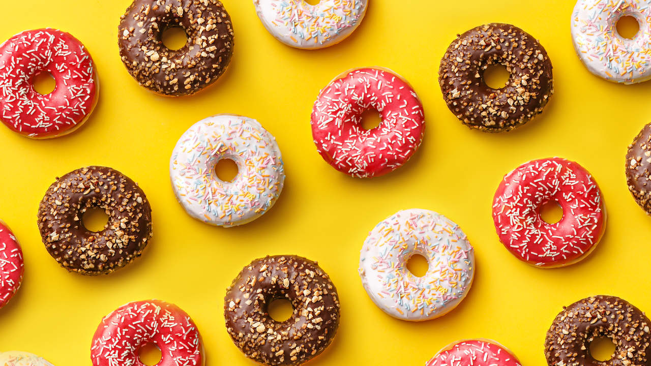 This Is Exactly How Much More Sleep to Get If You Want to Cut Back on Sugar