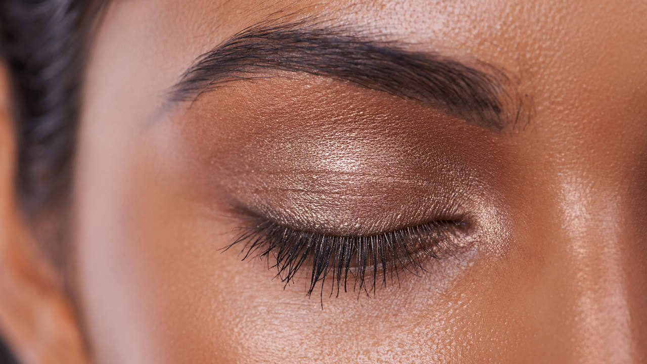 Detroit Woman Hospitalized After Eyebrow Microblading ...