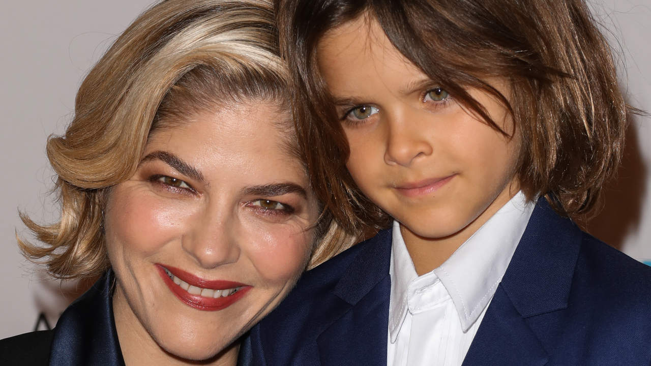 Selma Blair Enlists 7-Year-Old Son to Shave Her Head Amid MS Battle