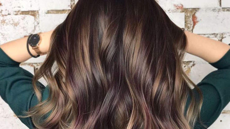 Blackberry Hair Might Be The Boldest Hair-Color Trend for 2018 So Far