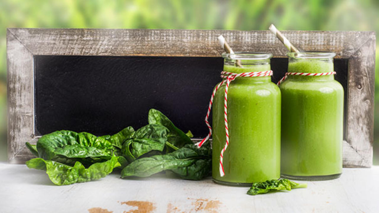A Fat Burning Green Smoothie Recipe To Kickstart Your