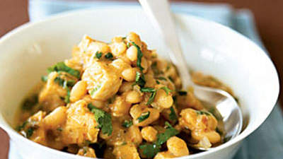Chicken Chili With White Beans and Chipotles
