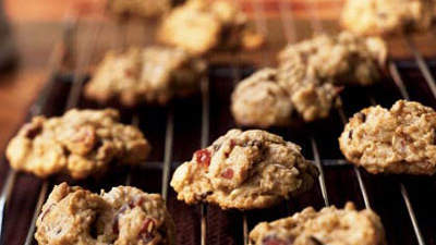 cranberry-nut-cookies