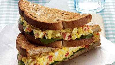 curried-egg-salad-sandwich