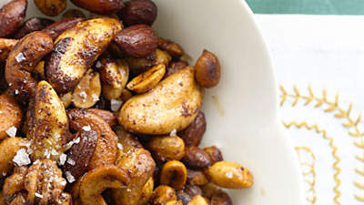 maple-spiced-nuts