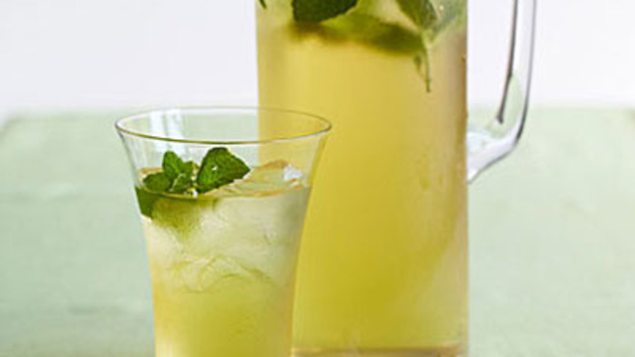 9 Thirst-Quenching Iced Tea Recipes