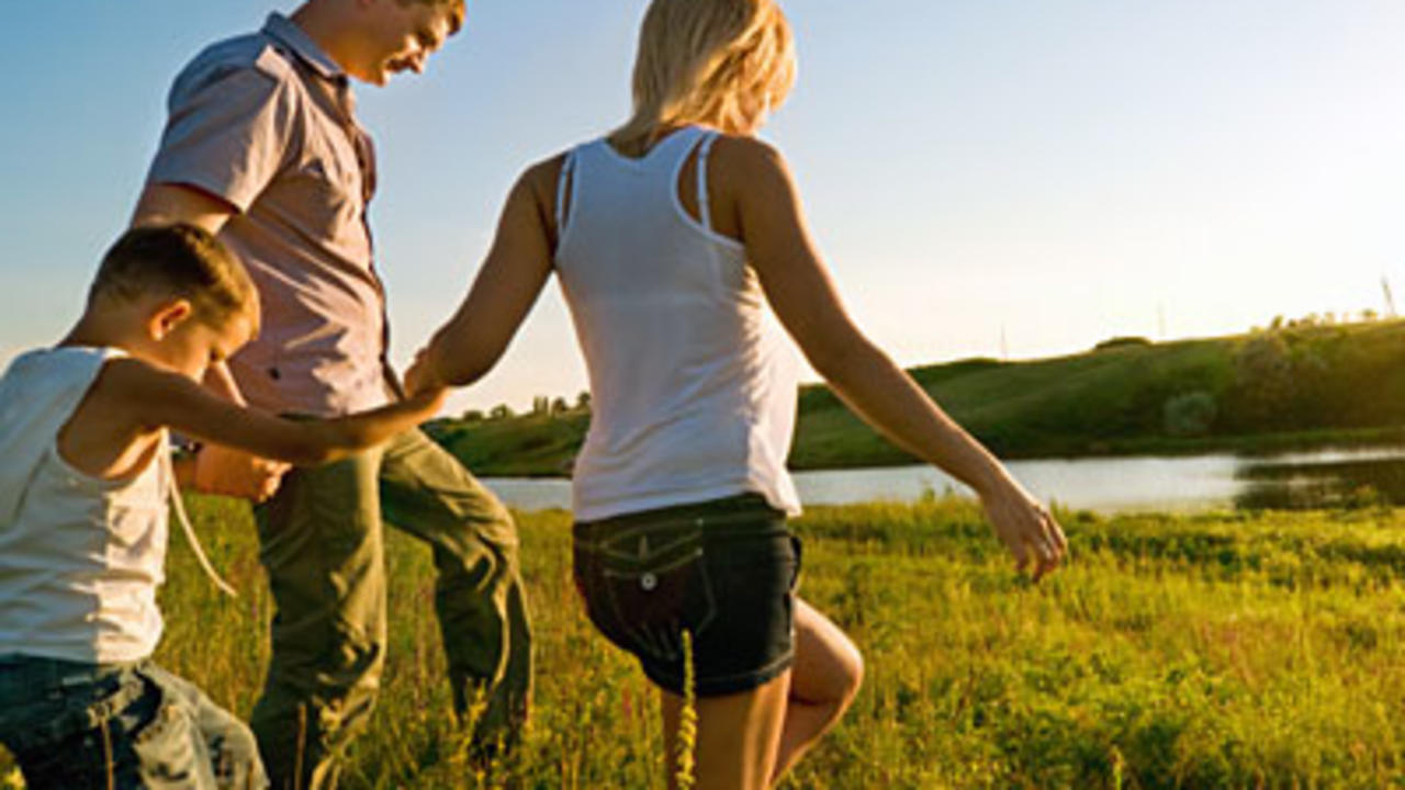 4 Great Ways to Stay Fit With Your Kids This Summer