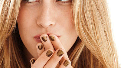olive-green-nails