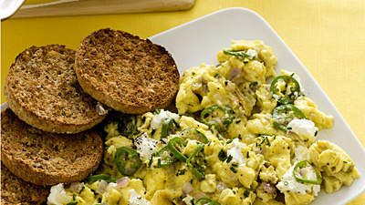 cheesy-scrambled-eggs