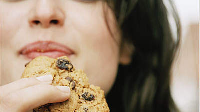 snacking-on-cookie