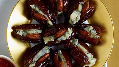 stuffed-medjool-dates