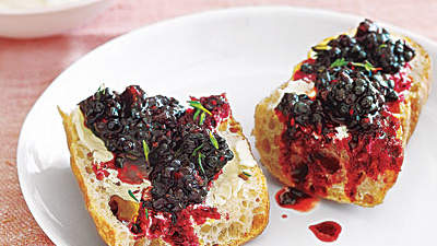 tartine-blackberry-thyme-salad