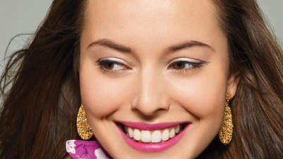 What's the best way to remove coffee stains from teeth?