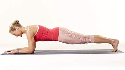 plank-woman-red