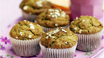 banana-bread-recipe-banana-oat-muffins