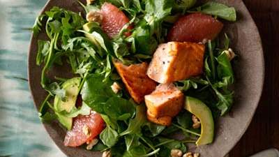 grapefruit-avocado-salad-salmon