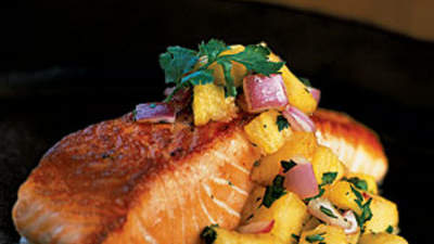 grilled-salmon-pineapple-salsa