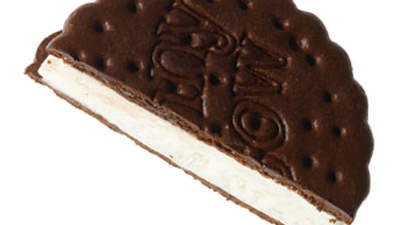 vanilla-ice-cream-sandwich