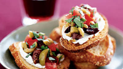 olive-goat-cheese-bruschetta