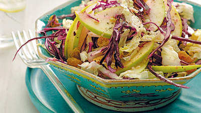 red-cabbage-apple-salad