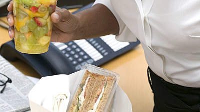 sandwich-fruit-lunch-work
