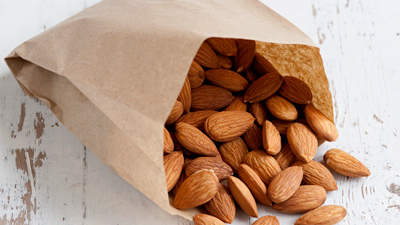 low-calories-almonds