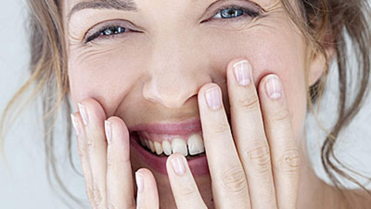 The Secrets to Younger-Looking Hands