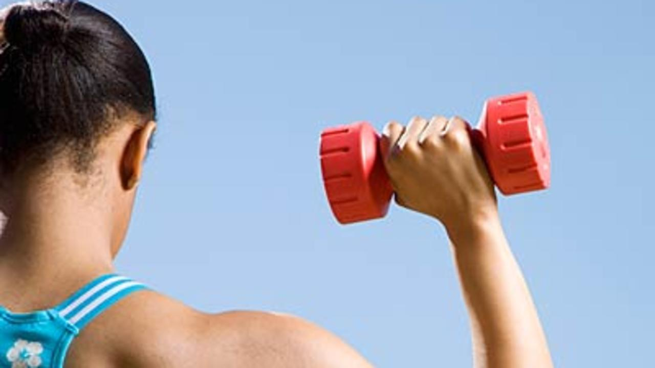 Get Stronger and Leaner With Dumbbells
