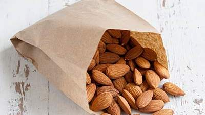 jillian-michaels-weight-loss-tips-almond-snack