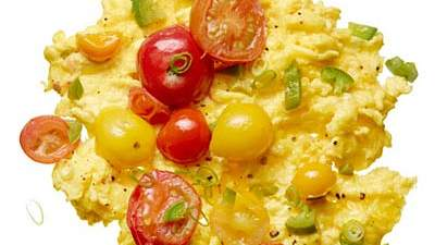 Scrambled Eggs with Chilies