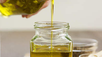 Condiments: Cooking oil