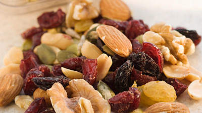 healthy-foods-trail-mix