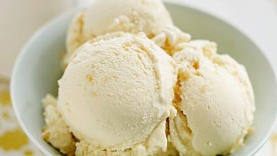 Low-fat ice cream or frozen yogurt