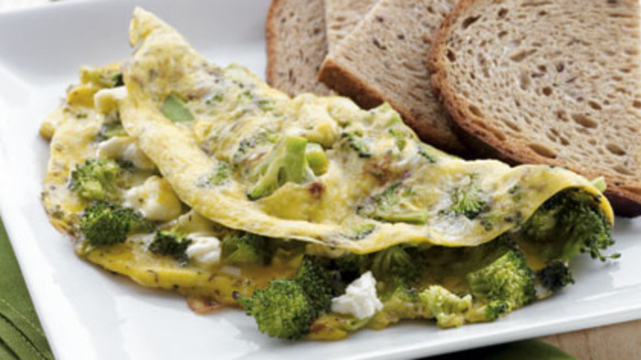 Broccoli and Feta Omelet with Toast recipes for weight lose