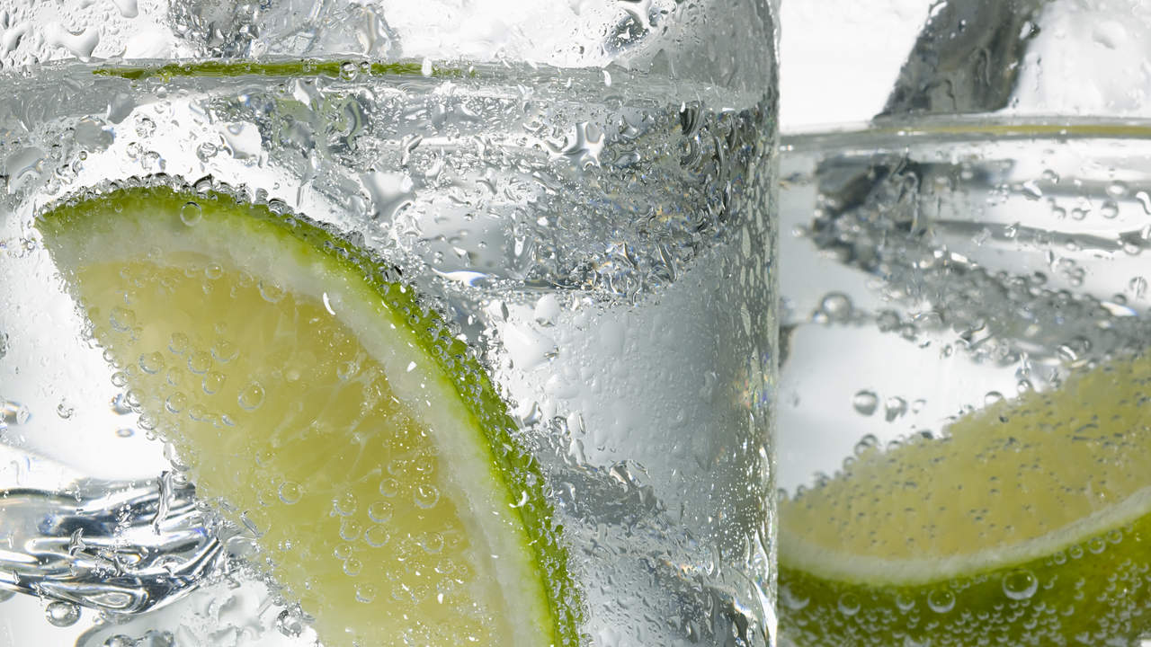 Carbonation in seltzer soda beer causes burping