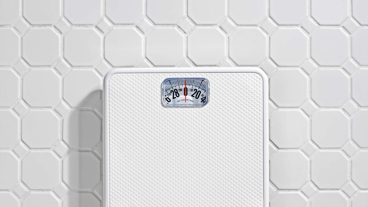 weight-loss-scale-hiv-symptoms