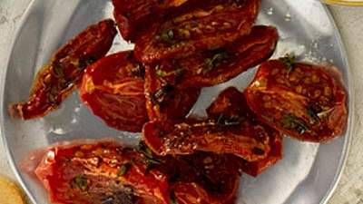 oven-roasted-thme-tomatoes