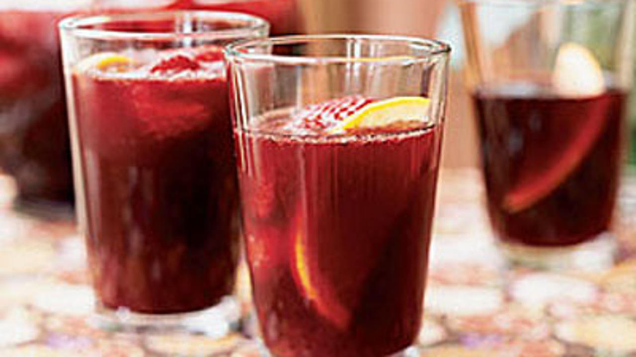 Easy Christmas Drinks and Appetizers