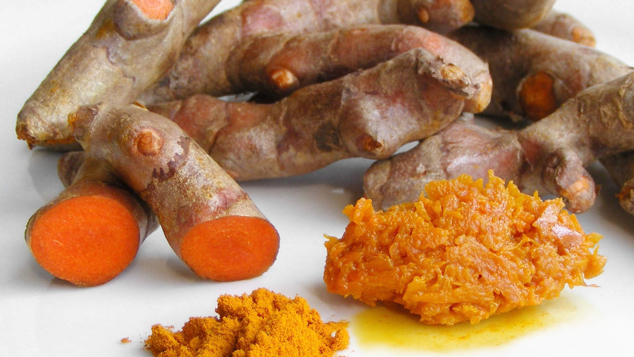 Add turmeric to your meal