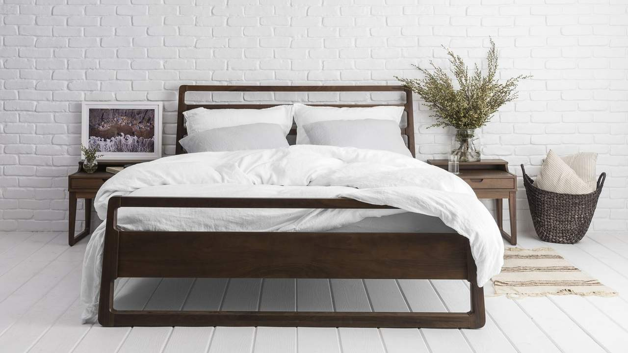 How to Sleep Better This Summer: 5 Easy Swaps for a Cool, Crisp Bed