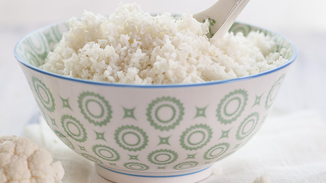 healthy-swaps-cauliflower-rice