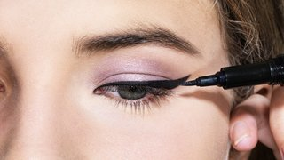 customize-eye-liner-main