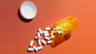 antibiotics-pills-prescription-bottle-medication