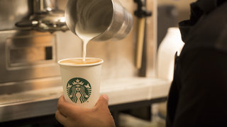 starbucks-to-offer-almond-milk