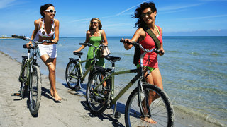 weight-friendship-thin-bicycle