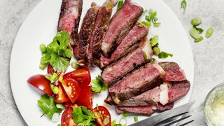 high-protein-diet-steak-vegetables